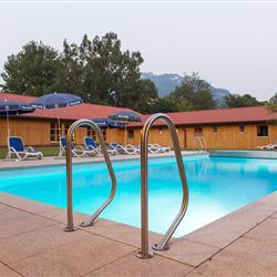 Pool im Hundehotel Wolf in Bayern