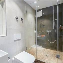 Bathroom 105